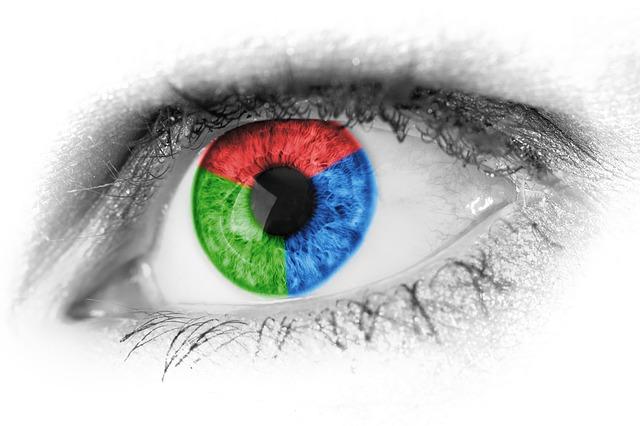 目がPCの光の色:赤緑青