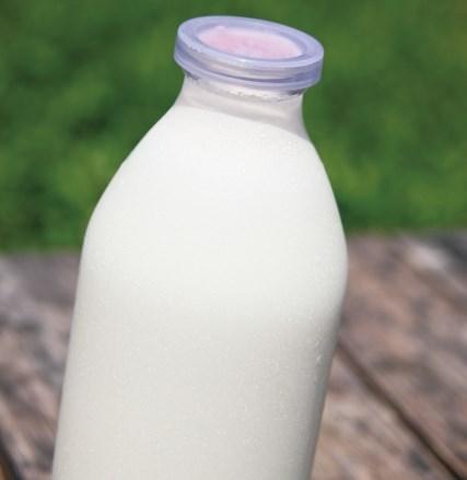 瓶に入った牛乳